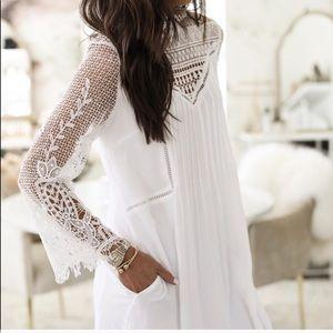 Dresses & Skirts - Lace White Dress